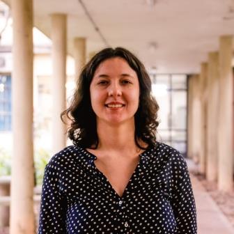 Luiza Caires